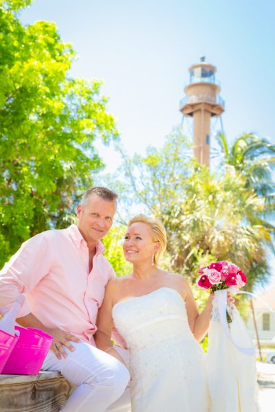 intimate wedding at sanibel lighthouse